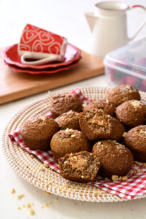 BRAN-MUFFINS-WITH-PEANUT-BUTTER-FILLING